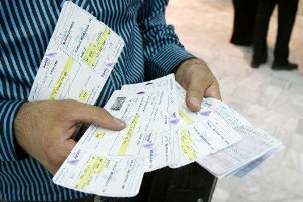 عوارض شهرداری باید از بلیت هواپیما حذف شود