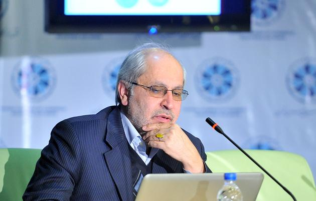حمله تند مسعود نیلی به اقتصاددانان منتقد دولت