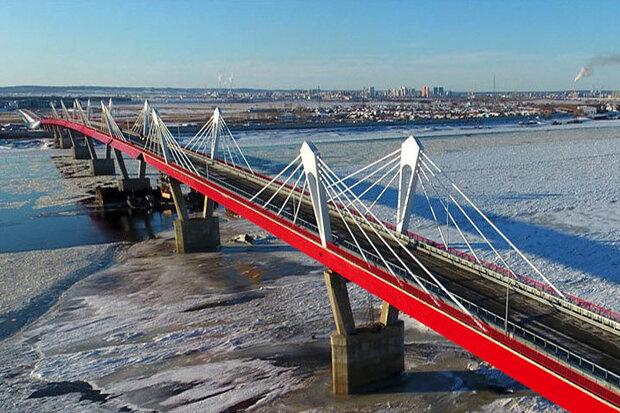 تکمیل اولین پل بزرگراهی غولآسای بین مرزی روسیه و چین