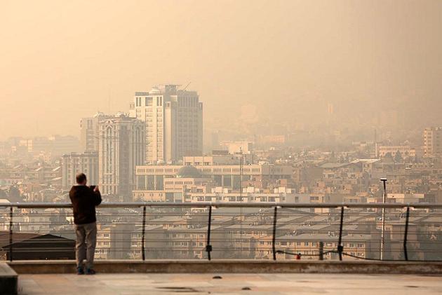 آلاینده «اُزُن»، هوای پایتخت را برای همه ناسالم کرد
