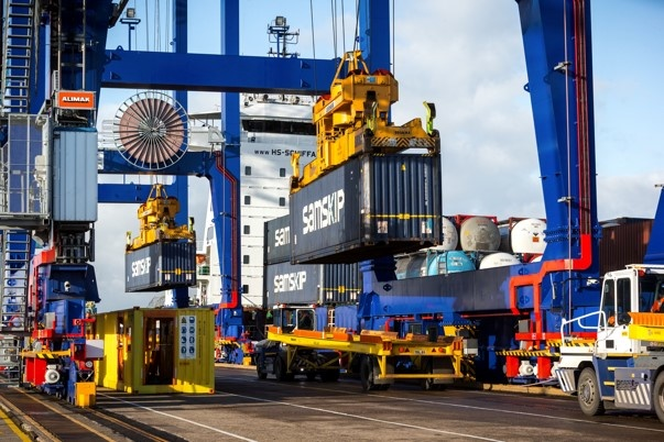 Maersk switches shortsea service to Europe from Immingham to Hull