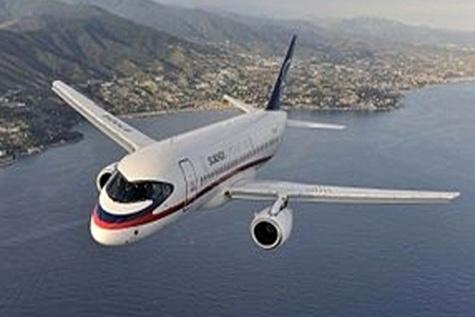 خرید هواپیمای روسی سوخو ۱۰۰ مشروط به مجوز اوفک است