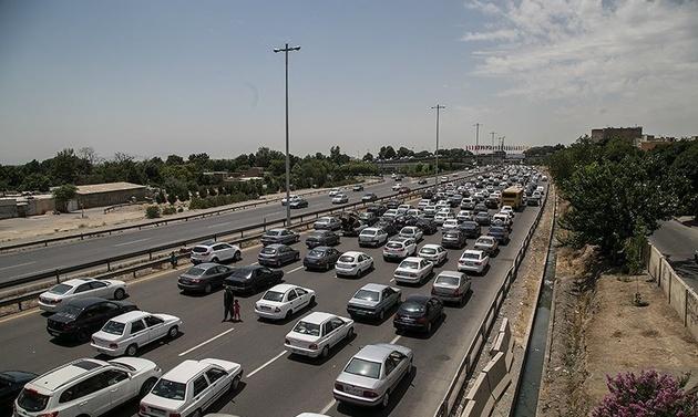ترافیک در جادههای شمالی به سمت تهران
