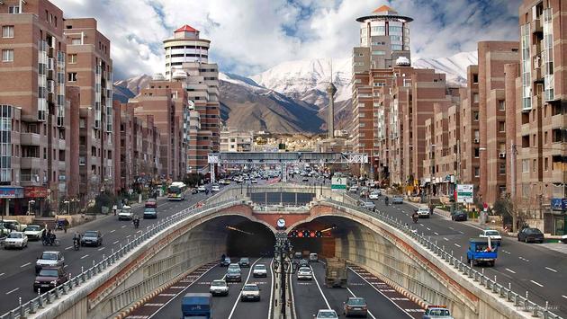 وضعیت ترافیک معابر بزرگراهی تهران در بیستویکم اردیبهشتماه