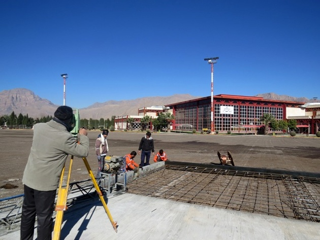 آغاز عملیات تکمیل طرح توسعه و بهسازی فرودگاه خرم آباد