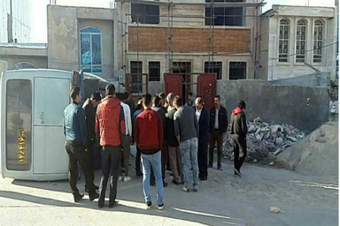 واژگونی مینی بوس حامل دانش آموزان در یاسوج