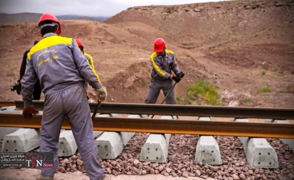 استاندار از قطعه سوم پروژه بزرگ راه آهن چابهار بازدید کرد