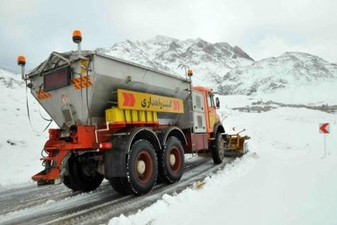 ۵۷ گروه راهداری در طرح زمستانی راه های استان مرکزی فعال هستند