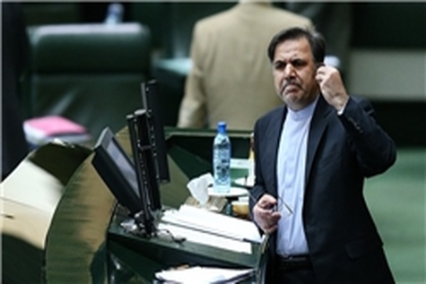 آخوندی بر سر دو راهی تفکیک وزارت راه از مسکن