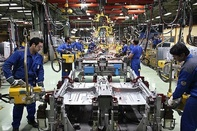 چالش هزینههای بالاسری در خودروسازی