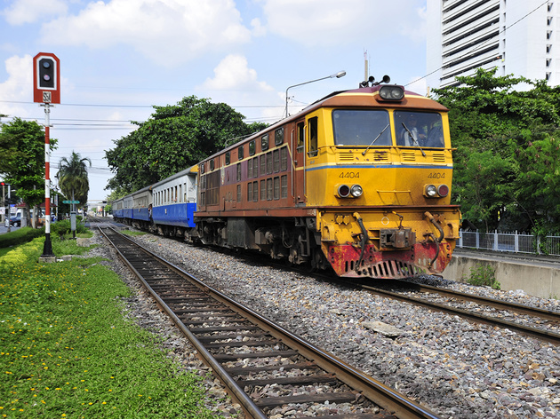 Thai government approves 323 km railway project