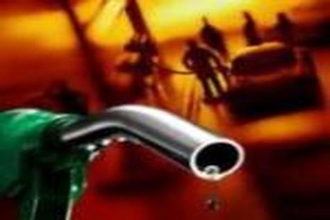 توزیع بنزین یورو ۴ در اصفهان هرچه سریعتر اجرائی شود