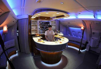 airbus-a380-bar