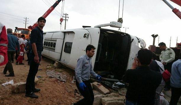 پنج کشته و 15 مصدوم در واژگونی اتوبوس در مرودشت