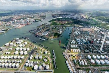 Port of Rotterdam to use new technology to improve port calls