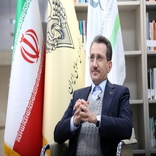 Vice-Minister for Roads and Urban Development of Iran and President of Iranian Railways (RAI) and UIC Director General met online on Monday 30 November to discuss developments at the Iranian Railways