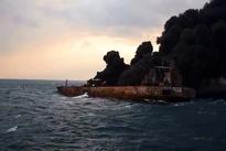 (فیلم) ورود تیم جستجو و نجات به نفتکش سانچی