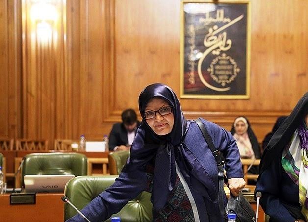 استعفای شهردار توجیه قابل قبولی ندارد