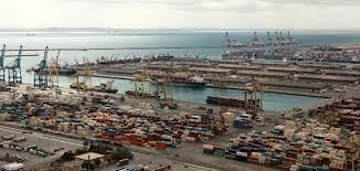 کاهش عملکرد بنادر ایران در بین بنادر منطقه/ ارکستر حمل و نقل، رهبر ندارد