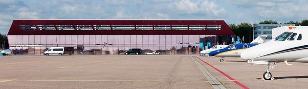 KLM sells KLM Jet Center to Jet Aviation
