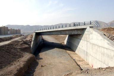 توقف عملیات اجرایی تقاطع غیر همسطح کمربندی خمینیشهر- نجفآباد