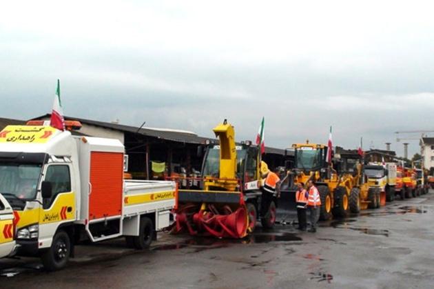ارسال محموله ماشینهای راهداری و راهسازی به خوزستان