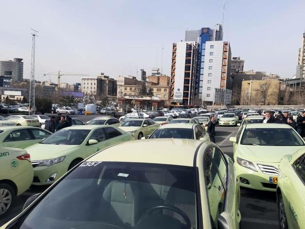 درخواست رانندگان تاکسی فرودگام امام برای افزایش کرایهها