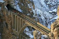 فداکارترین پل ایران در محاصره سه خط طلا
