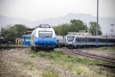 فروش بلیت قطارهای مسافری به فردا موکول شد