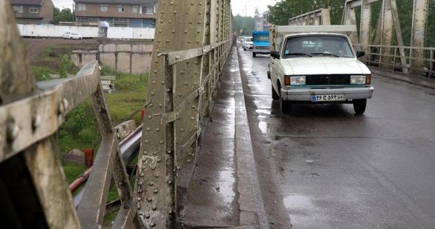 افتتاح و بهره برداری از پل ورودی آستانه اشرفیه تا ۳ ماه دیگر