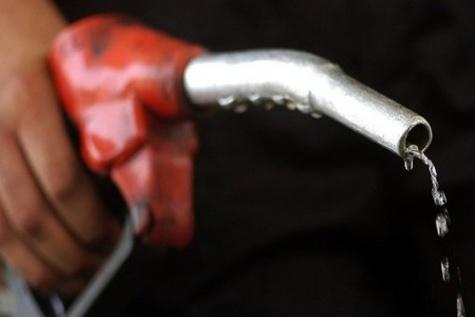 واردات بنزین ایران یک میلیارد لیتر افزایش یافت