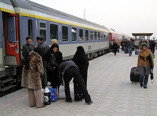تکمیل ظرفیت اینترنتی قطارهای نوروز در مسیرهای پرتقاضا