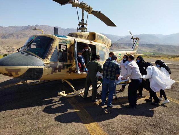 اورژانس  هوایی زنجان ناجی دو جوان تصادفی در طارم علیا شدند