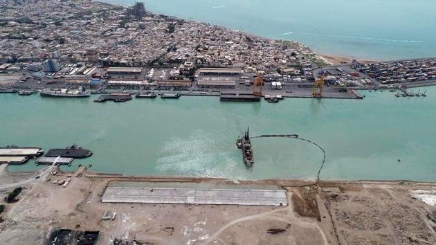 تخلیه و بارگیری ۴۵ میلیون تن کالا در بنادر بوشهر در سال ۹۹/ واگذاری بنادر تابعه بوشهر در قالب اجاره کوتاه مدت