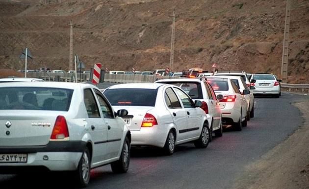 تردد در مسیرهای منتهی به استان های شمالی قابل توجه است
