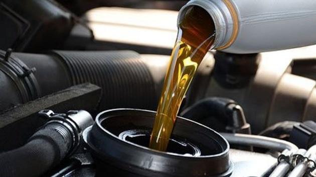 قیمت انواع روغن و ضد یخ خودرو در تاریخ ششم مرداد ماه 1400