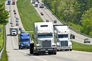 بررسی واقعی روند رشد و توسعه یک شرکت حمل و نقل در آمریکا