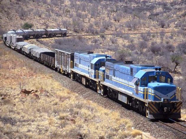 تفاهم نامه حمل محصولات صادراتی ذوب آهن از مبدا اصفهان به مقصد بندر شهید رجایی