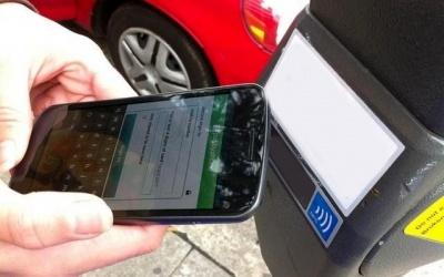 3 آفت فعالیت تاکسیهای اینترنتی: ترافیک بالا، آلودگی هوا و رکود تاکسیرانی