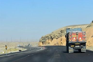 اصلاح نقاط حادثهخیز محور مراغه به هشترود اولویت راهداری آذربایجان شرقی است