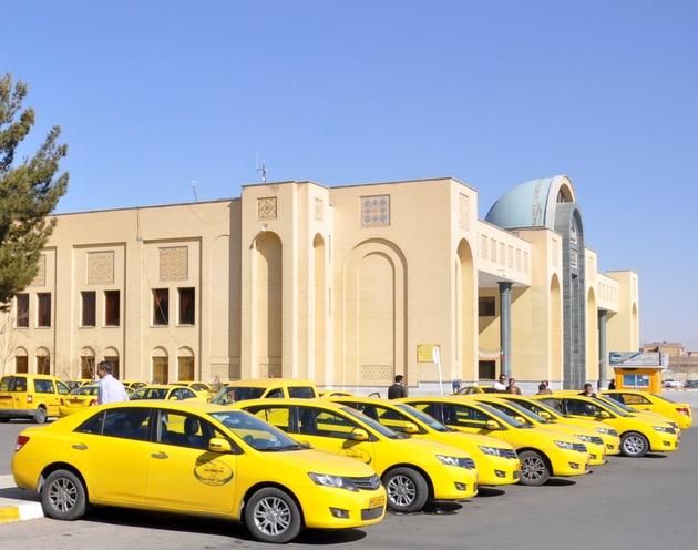 توزیع  14 هزار حلقه لاستیک میان رانندگان تاکسی اصفهان
