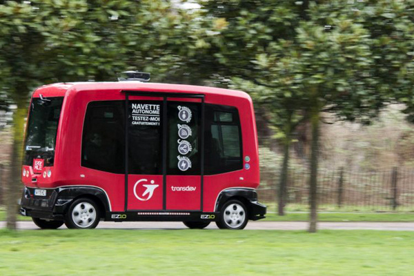 Transdev and Delphi to develop driverless on-demand mobility service