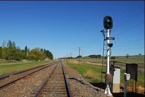دو مصدوم در برخورد با قطار اندیمشک - دورود