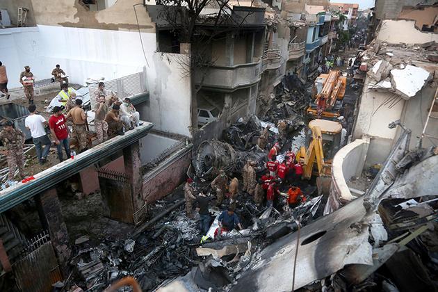 روایت بازمانده حادثه هوایی پاکستان از آنچه بر او گذشت