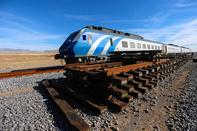 تاکید زیادی برای اتمام خط سریع السیر اصفهان - تهران وجود دارد