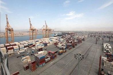 پهلوگیری ۴۹۸ فروند کشتی حامل فرآوردههای نفتی در بندر خلیج فارس