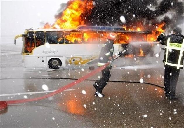 14کشته و مجروح در تصادف زنجیرهای در اتوبان تهران ــ ساوه +عکس