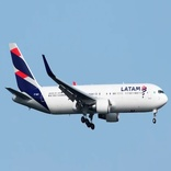 LATAM Boeing 767 Experiences Electrical Problems