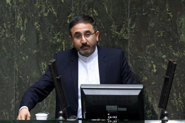 احمدی لاشکی، موافق وزیر پیشنهادی: اسلامی شخصی پیشرو در شفافسازی است