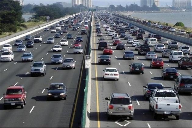 تغییر قوانین اخذ گواهینامه در آمریکا چگونه تصادفات را کاهش داد؟ + نمودار